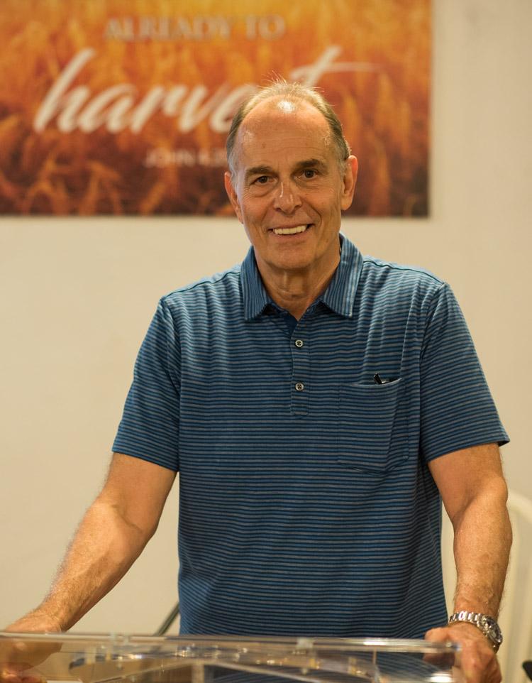 Pastor Michel Finizio